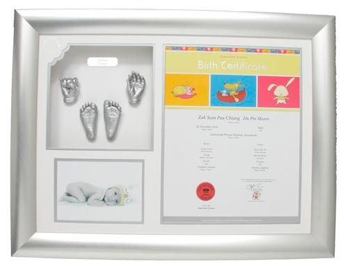 2 Hands, 2 Feet + Certificate Image